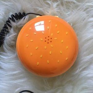 | Vintage-inspired hamburger phone